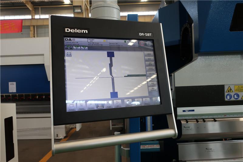 """""""Delem DA58T 2D CNC"""" sistema"""