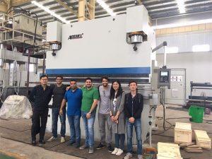 Brazilijos klientai aplanko gamyklas ir nusipirko spaudos stabdžių mašinas